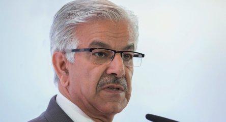 pakistan-defense-minister-crimeshop