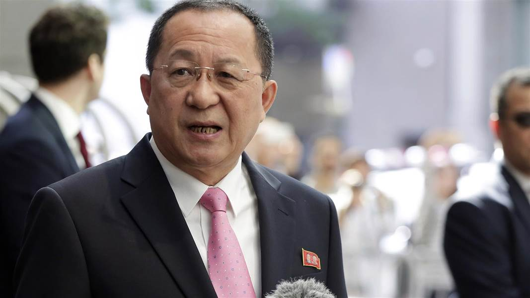 north-korea-foreign-minister-crimeshop.jpg
