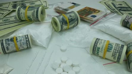 drug-money_crimeshop