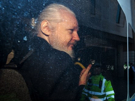 Julian_Assange_crimeshop.jpg