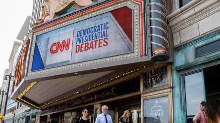 cnn-dem-debates-CRIMESHOP.jpg