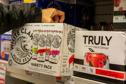 white-claw-sold-out-crimeshop