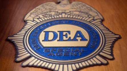 DEA-Agent-LAunders-Drug-Money-CrimeShop