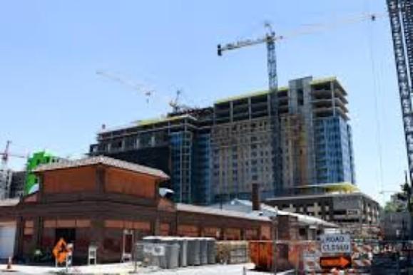 Denver-Construction-Workers-At Risk-Covid-19-crimeshop - Edited